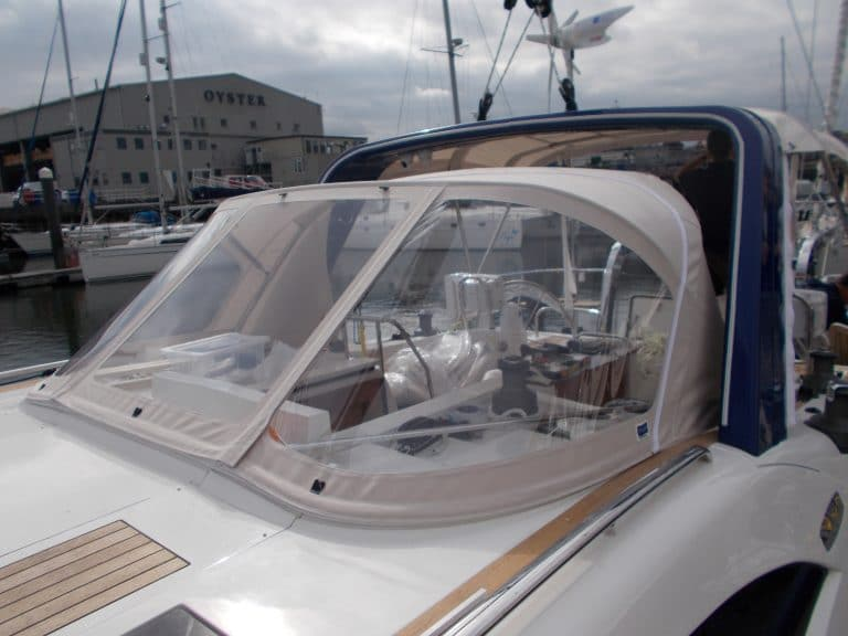 Discovery 48 Sprayhood and Arch Infill Panel