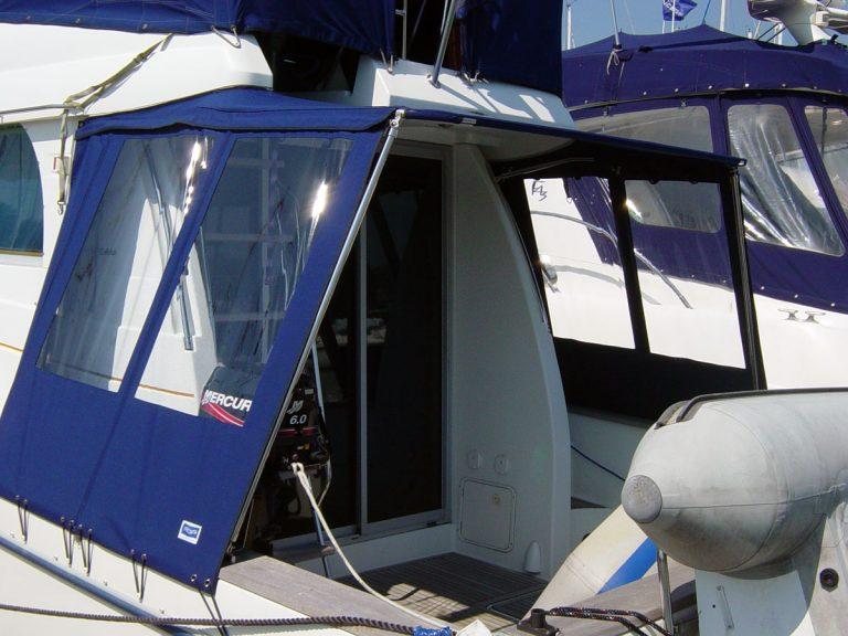 Beneteau Antares 10.8, Half Cockpit Enclosure