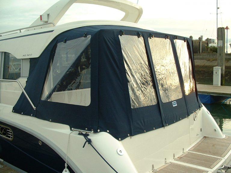Aquador 32 C, Mk 1, Cockpit Enclosure