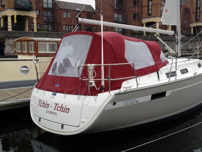 Bavaria Cruiser 32, 2013 Cockpit Enclosure