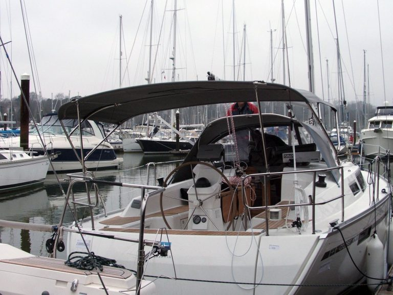Bavaria Cruiser 33, 2013 Bimini