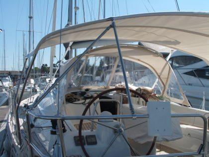 Beneteau Oceanis 43 Bimini
