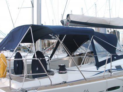 Beneteau Oceanis 46 Bimini, 3 bar with no aft extension