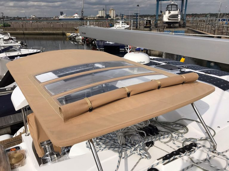 Discovery 50 CAT Bimini Canvas to fit the factory-supplied frame