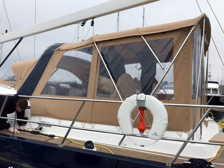 Discovery 54 Bimini Conversion fitted to Tecsew Bimini