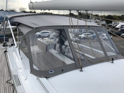 Beneteau Oceanis 51.1, model with NO ARCH, Bimini and zipped Sprayhood Connector front 2
