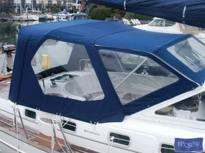 beneteau 42 cc cockpit enclosure fitted to factory supplied sprayhood