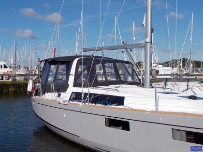 beneteau oceanis 351 bimini conversion 2