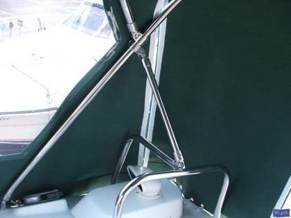 beneteau oceanis 36cc cockpit enclosure fitted to factory sprayhood 3