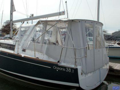 beneteau oceanis 38 and 381 bimini conversion 7
