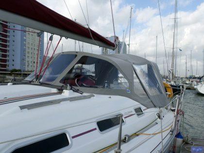 beneteau oceanis 393 cockpit enclosure 4
