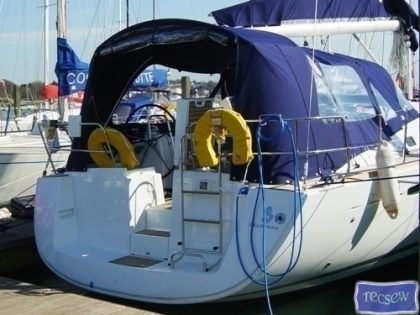 beneteau oceanis 43 cockpit enclosure off tecsew supplied sprayhood 2