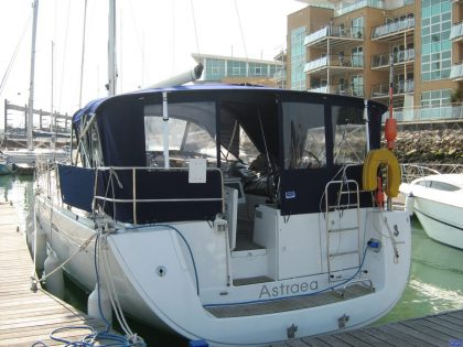 beneteau oceanis 46 bimini conversion to suit tecsew bimini and sprayhood 5