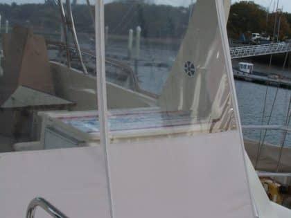 cordova 48 flybridge enclosure and backdrop 10