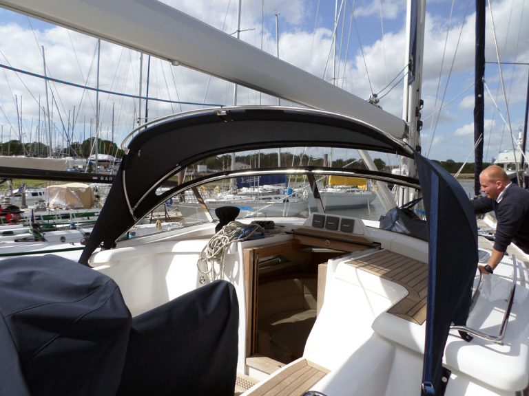 Discovery 55, Sprayhood and Windscreen project