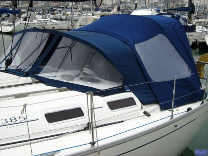 dufour 385 cockpit enclosure fitted to tecsew standard sprayhood 4