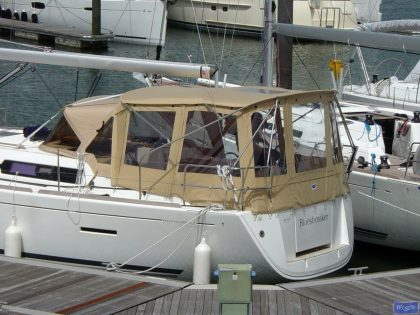dufour 405 bimini conversion fitted to tecsew bimini and factory sprayhood 3