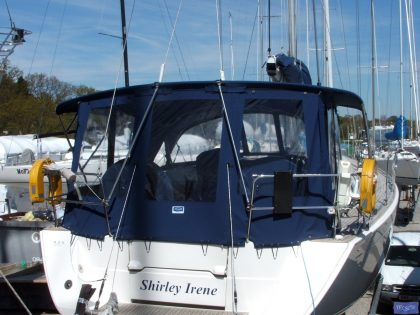 dufour 425 bimini conversion fitted to factory nv sprayhood and bimini 1