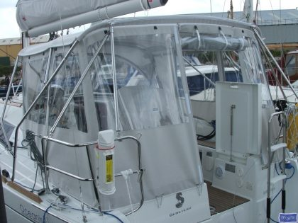Beneteau Oceanis 31 Bimini Conversion_1