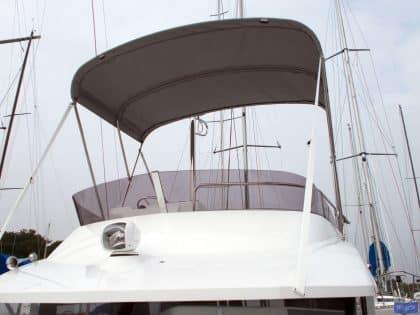Beneteau Swift Trawler ST 30, Flybridge Bimini_1