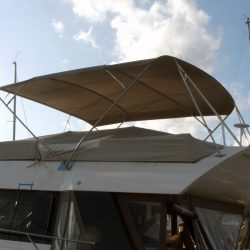 Sealine F46 Flybridge Bimini, Tecsew design_4