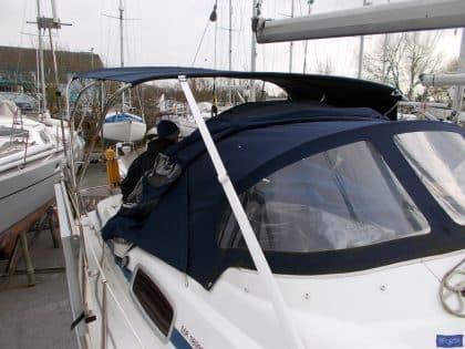 Bavaria 37 Cruiser Bimini_1