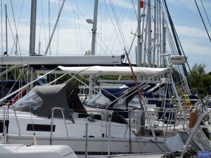 Bavaria Cruiser 37, 2014 model Bimini_1