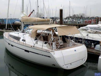 Bavaria Cruiser 46, 2014 model Bimini, ref 5979_3
