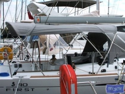 Beneteau First 40 3 Part Bimini_12