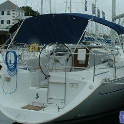 Beneteau Oceanis 361, 3 bar Bimini_2