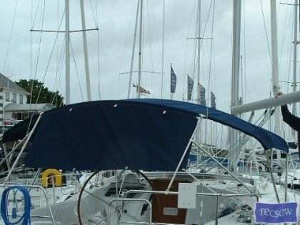 Beneteau Oceanis 361, 3 bar Bimini_4