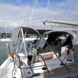 Beneteau Oceanis 390 Bimini, SAIL RECUT TO RAISE BOOM_3