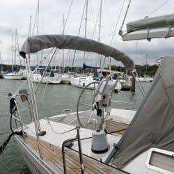 Beneteau Oceanis 390 Bimini, SAIL RECUT TO RAISE BOOM_4