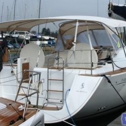 Beneteau Oceanis 46 bimini with optional zipped aft extension_11
