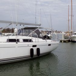 Hanse 415 4 bar Bimini with customer supplied solar panels fitted_2