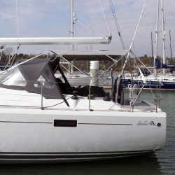 Hanse 415 4 bar Bimini with customer supplied solar panels fitted_3