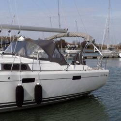 Hanse 415 4 bar Bimini with customer supplied solar panels fitted_6