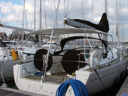 Hanse 43 bimini, same as 430e_1