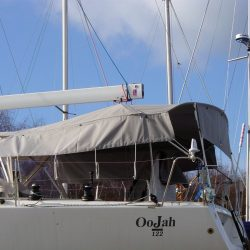 J 122 Helm Bimini with infill panel and zip removable sides_1