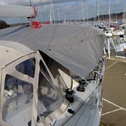 J 122 Helm Bimini with infill panel and zip removable sides_3