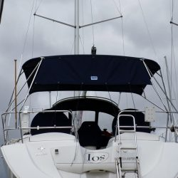 Jeanneau Sun Odyssey 39ds Bimini, shown fitted on a boat without an arch_18