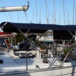 Jeanneau Sun Odyssey 40 Bimini, extends aft of the backstays_1