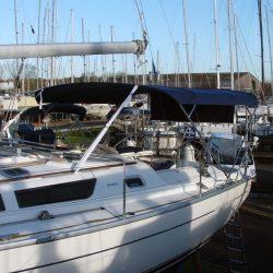 Jeanneau Sun Odyssey 40 Bimini, extends aft of the backstays_2