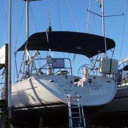Jeanneau Sun Odyssey 40 Bimini, extends aft of the backstays_3
