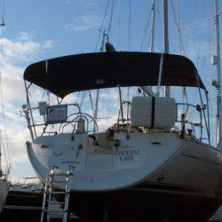 Jeanneau Sun Odyssey 40 Bimini, extends aft of the backstays_4