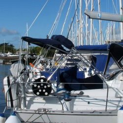 Jeanneau Sun Odyssey 43ds Bimini, new design with aft extension_4