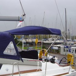 Jeanneau Sun Odyssey 44ds Helm Bimini with infill panel_5