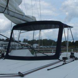 Lagoon 450 Flybridge Bimini and zipped front screen_2