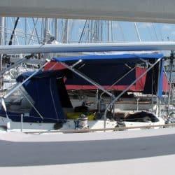 Moody 425 Bimini, later design_1