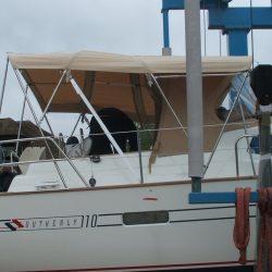 Southerly 110, 3 part Bimini with high model sprayhood_2